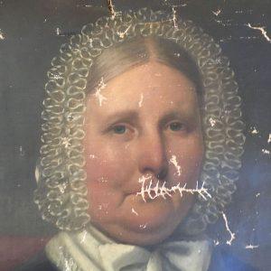 Antique oil painted portrait of a lady - for restoration
